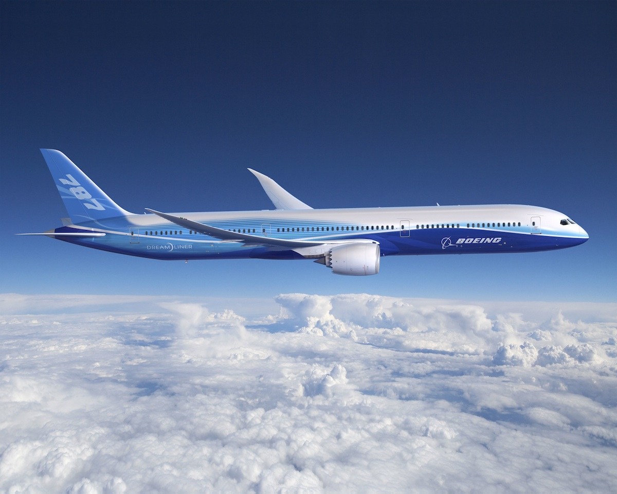 Boeing Launches the 787-10 at Paris Air Show