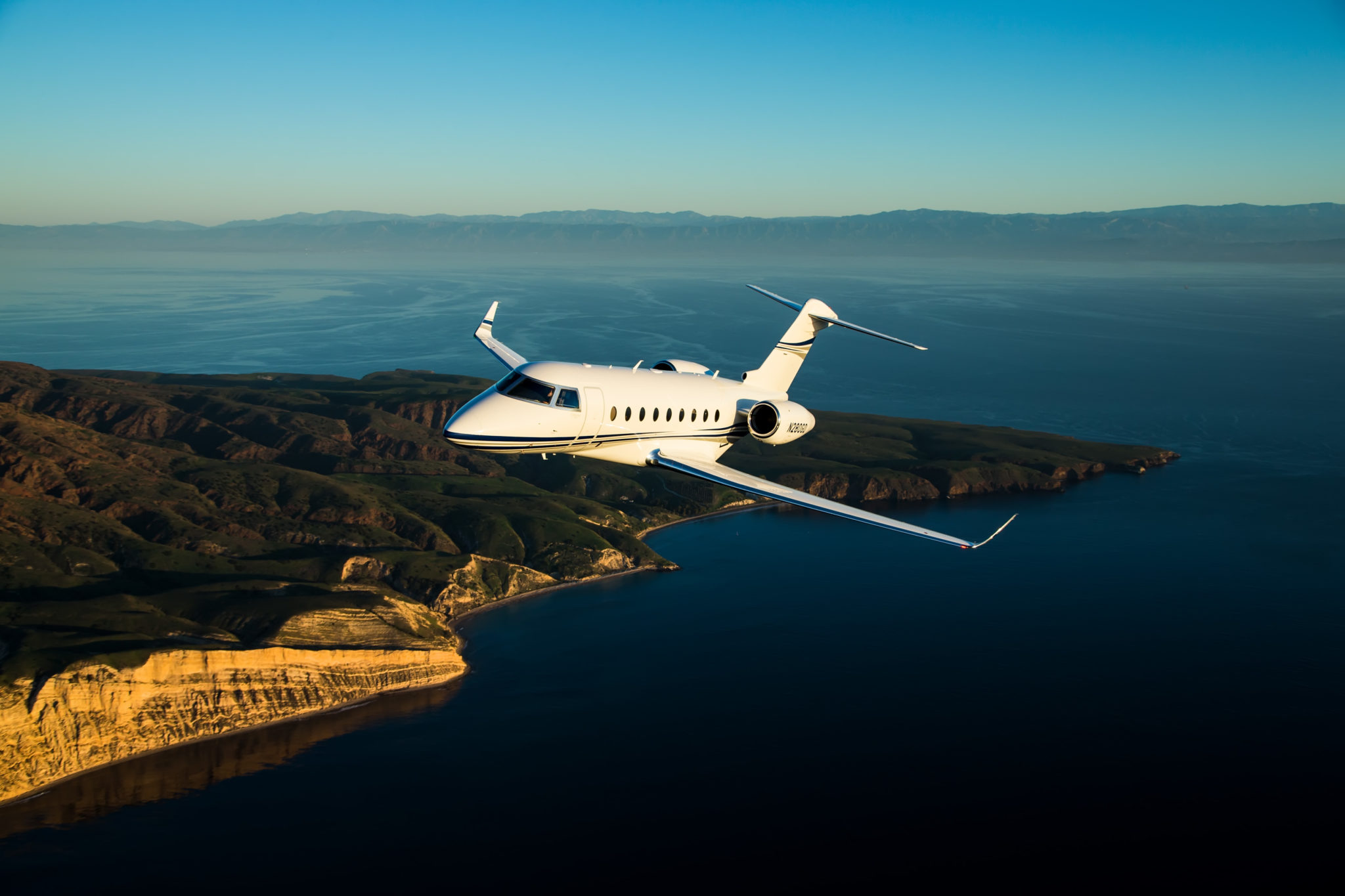 Phenom 300 cockpit phenom executive jet line leaders of innovation - Gulfstream G280 Adds To City Pair Record Books