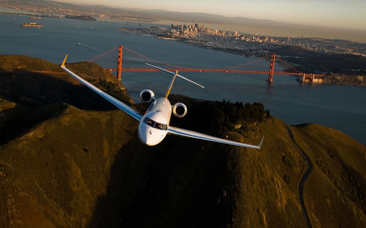 VistaJet commited last November to acquire 56 Bombardier Global long-range private planes