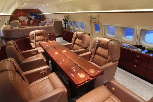 Boeing Business Jet conference and dinner table