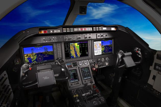 Beechjet 400A featuring the G5000 Integrated Flight Deck