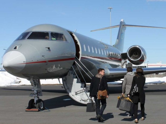 Charter a private jet through JetOptions for holiday travel
