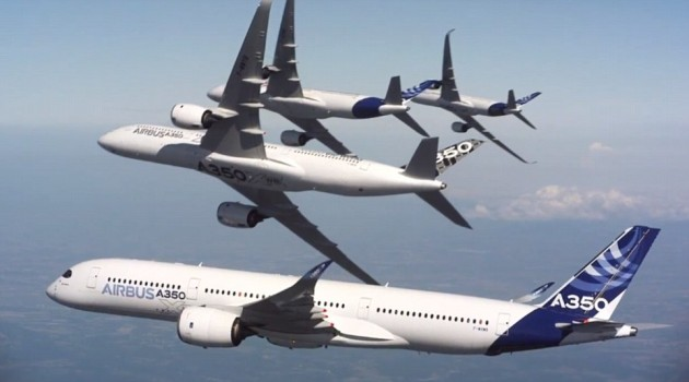 5 Airbus jets make stunning formations