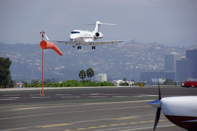 Santa Monica Airport business jet landing