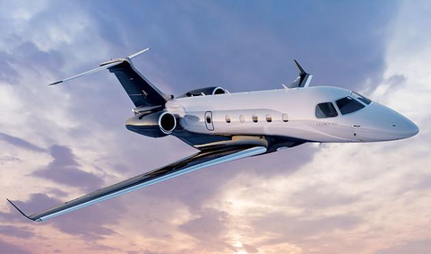 Legacy 450 In Flight