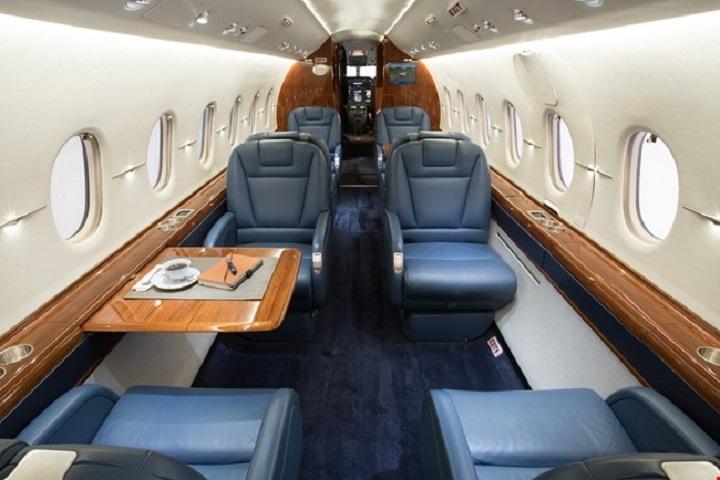 Hawker 4000 Jet Interior