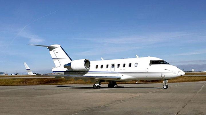 Challenger 605 Jet Exterior