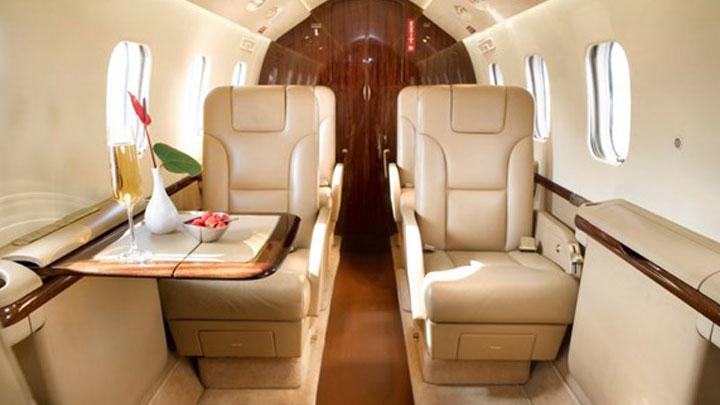 Gulfstream G100 Jet Interior