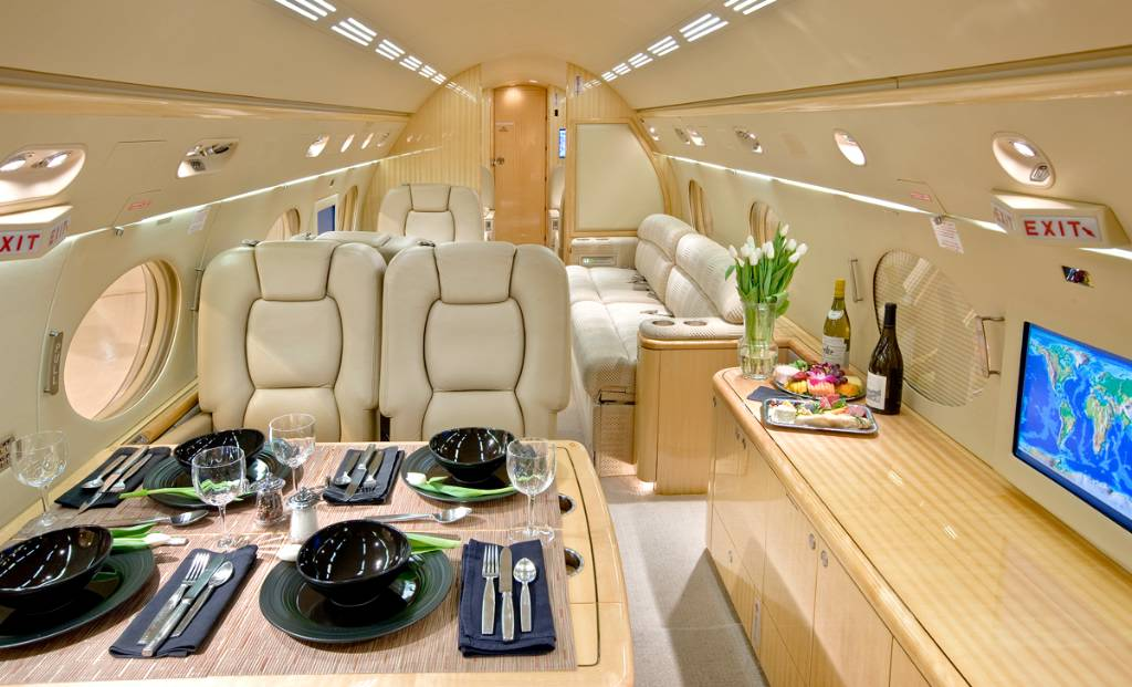 Charter a Gulfstream G500 Jet from JetOptions