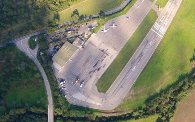 La Mole Airport St Tropez