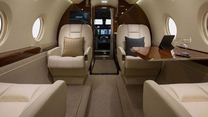 Gulfstream G280 Jet Interior