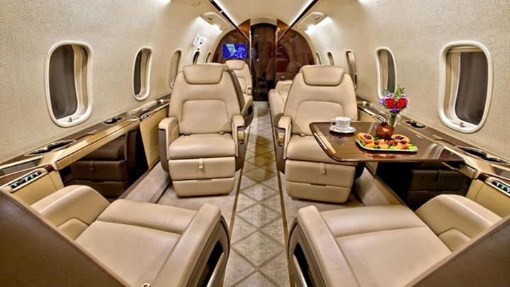 Challenger 350 Jet Interior