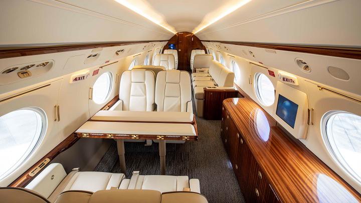 Gulfstream G400 Jet Interior