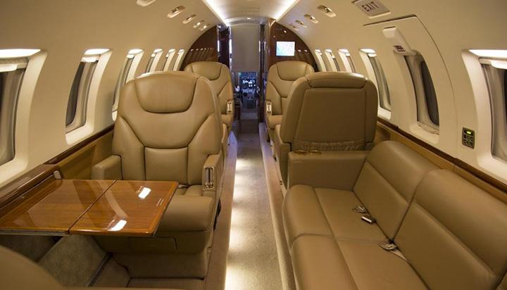 Hawker 1000 Jet Interior